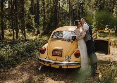 Geltonas vabalas vestuvėms - foto: Sandra Tamos