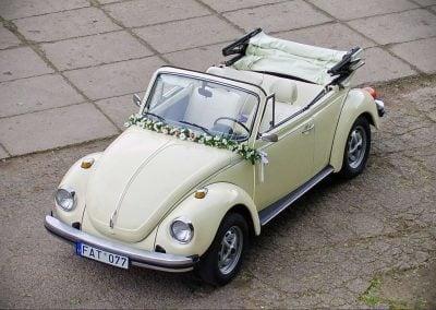 Kreminis kabrioletas - senovinis automobilis vestuvėms (1)
