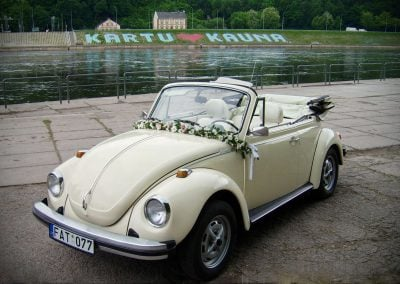 Kreminis kabrioletas - senovinis automobilis vestuvėms (2)