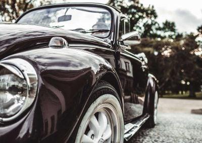 Senovinis vabalas vestuvėms - violetinis kabrioletas - Foto Aušra Numavičienė