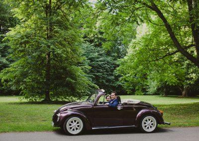 Violetinis kabrioletas vestuvėms
